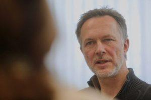 Interview zur Klimakrise: Psychologe: Wir gehen unfassbar dämlich mit der Krise um – Zeitungsverlag Waiblingen